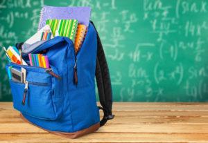Школьная доска и ранец