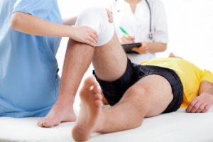 Изображение - Отек в области коленного сустава lechenie-kolena-300x200